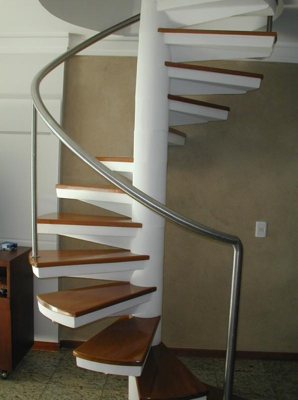 Comprar Escada Caracol de Aço Guarapari - Escada de Aço Inox Caracol