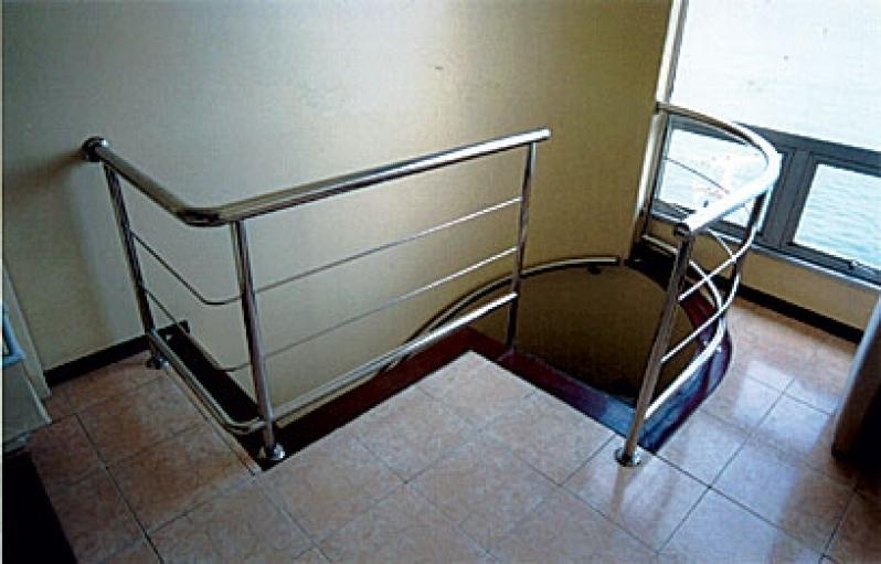 Corrimão de Escada em Inox Melhor Preço Cachoeiro de Itapemirim - Corrimão de Inox para Banheiro