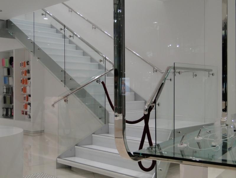 Corrimão de Parede em Aço Inox Barra de São Francisco - Corrimão de Escada em Inox