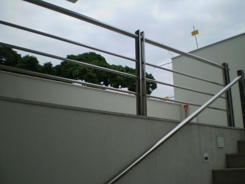 Corrimão para Escada de Inox Melhor Preço Cariacica - Corrimão para Escada de Inox