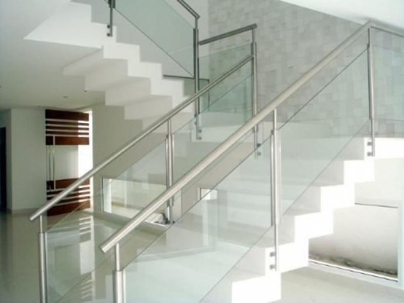 Corrimões de Escadas em Aço Inox Cariacica - Corrimão de Escada em Inox