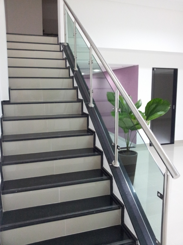 Corrimões em Aço Inox Barra de São Francisco - Corrimão de Escada em Inox