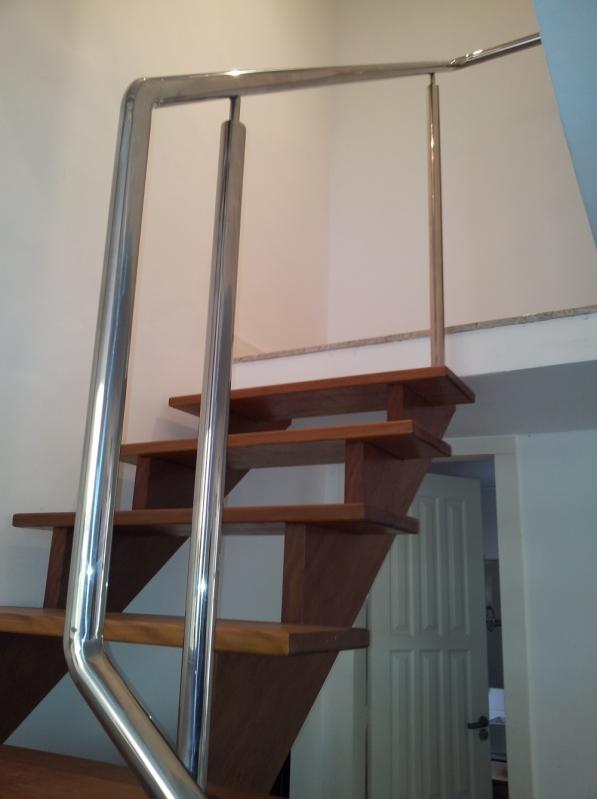 Escada de Aço Inox Caracol Santa Maria de Jetibá - Escada de Aço Caracol