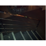 escada de aço inox Marilândia