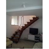 escada em aço caracol