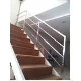 escada em aço corten